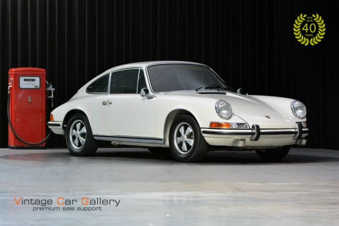 Sold to Germany - Porsche 911 2.2E